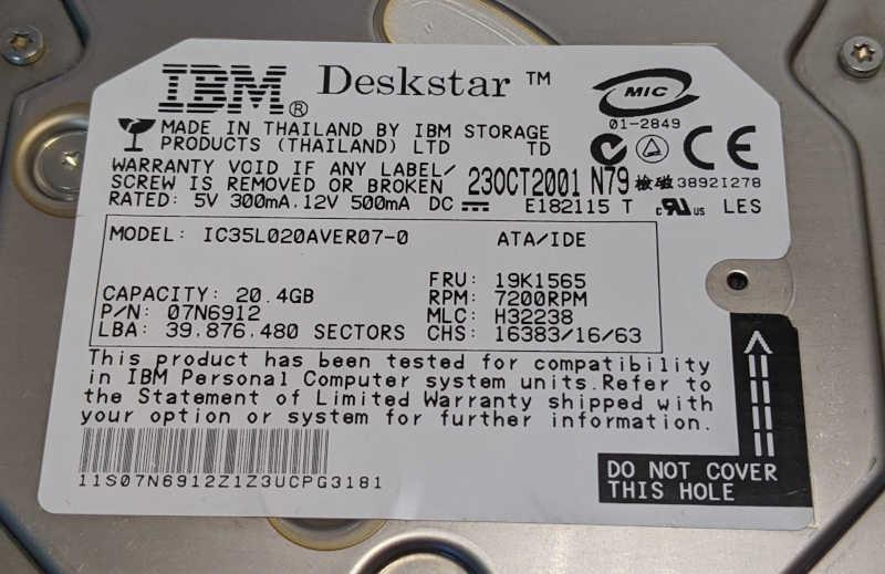 IBM Deskstar IC35L020AVER07-0 Festplatte 20GB