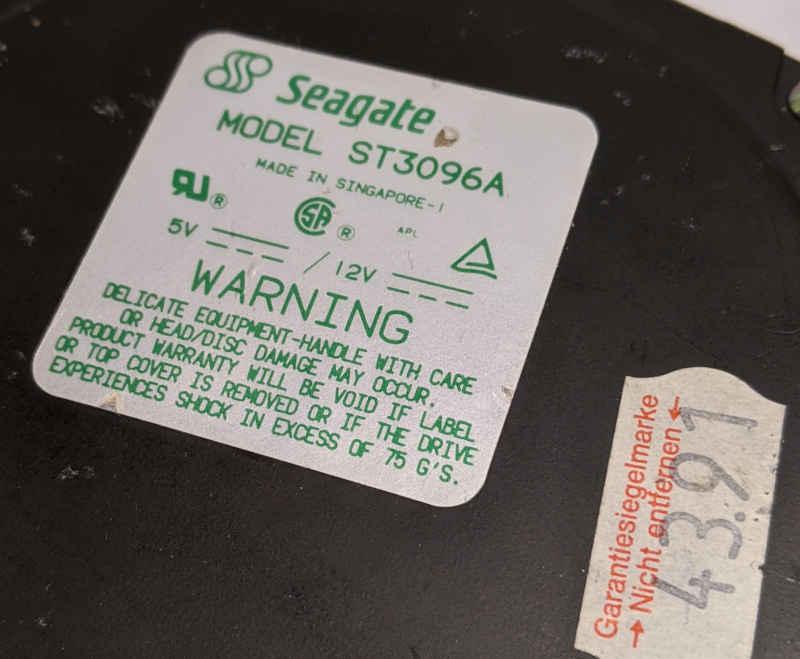 Seagate ST3096A Festplatte 89MB Aufkleber