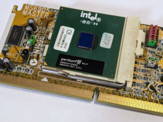 Intel Pentium III SL3VJ Prozessor mit Slot 1 Adapter