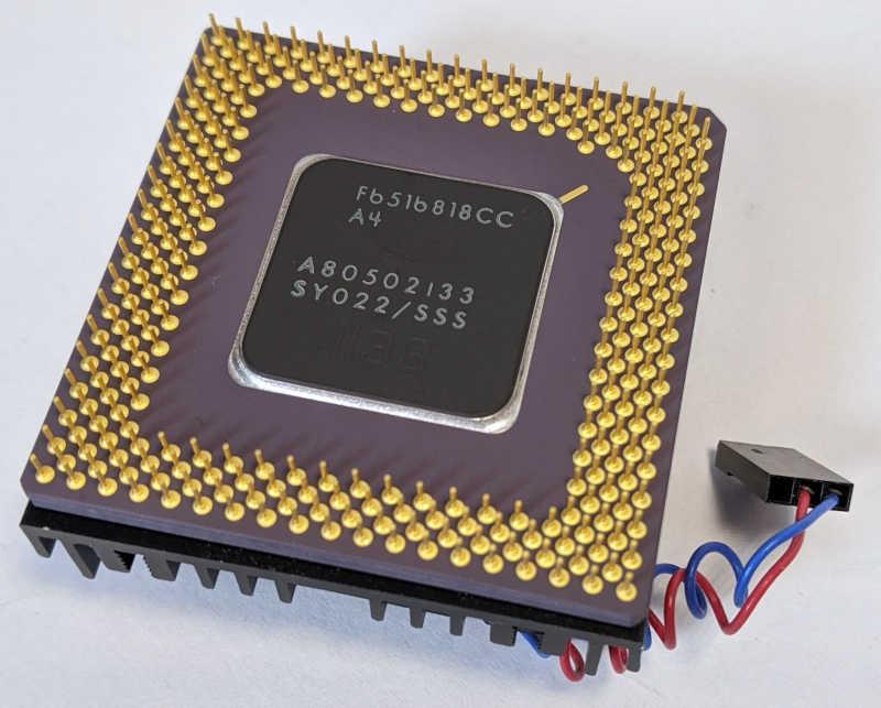 Intel Pentium 133 Prozessor SY022 Pins