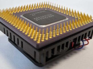 Intel Pentium 133 Prozessor SY022 Kühler verklebt
