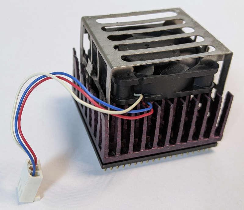 Intel Pentium 200MMX Prozessor SL27J Kühler 3-Pin