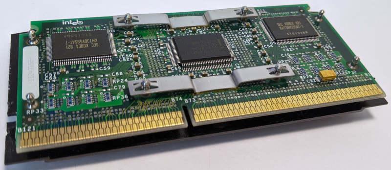 Intel Pentium II 233 80522PX233512EC SL2HF Slot 1 ohne Plastikgehäuse