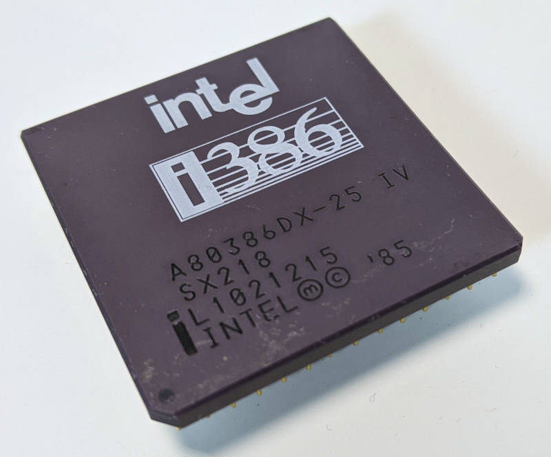 Intel i386DX-25 Prozessor - SX218 - CPGA-Gehäuse