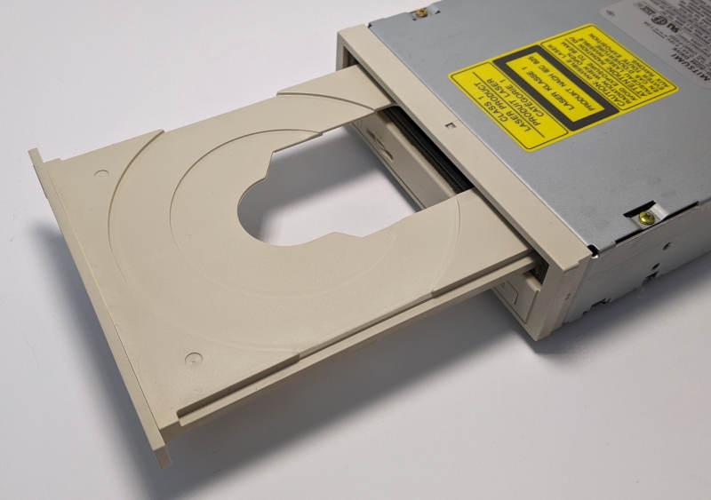 Mitsumi CRMC-FX001 CD-ROM Laufwerk non-IDE - Schublade