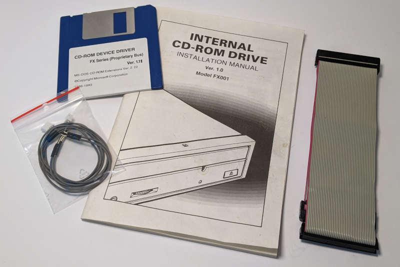 Mitsumi CRMC-FX001 CD-ROM Laufwerk non-IDE - Zubehör