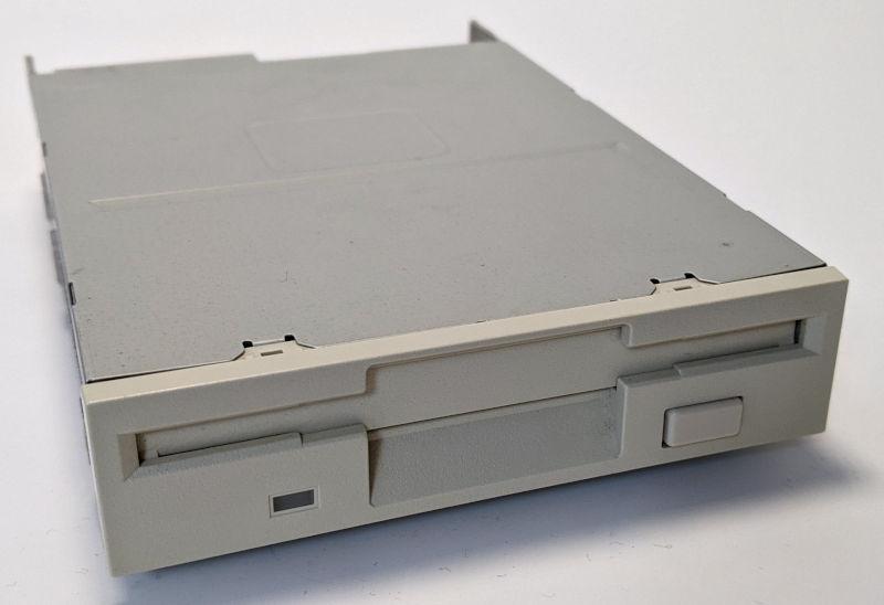 Teac FD-235HF Diskettenlaufwerk 3,5 Zoll
