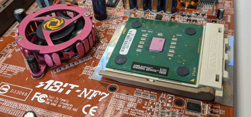 Abit NF7 PC-Mainboard nForce2 Ultra Sockel A (462) Chipsatz-Kühler